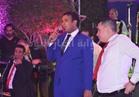 صور| الليثي يغني «عم يا صياد» بحفل خيمة «كونراد»
