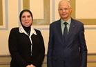 رئيس جهاز تنمية المشروعات الصغيرة تبحث مع وزير التكوين المهني التونسي سبل التعاون