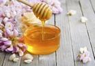 يعالج حب الشباب والحساسية الموسمية.. 5 فوائد مذهلة لعسل النحل