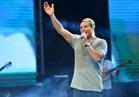 استعدادات احتفال عمرو دياب بألبومه الجديد مع «جمهور مراسي»