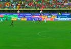 محمد صلاح يتعرض للضرب المتعمد في مباراة أوغندا