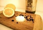 بـ«الليمون والملح والفلفل».. تخلصي من 10 مشاكل يومية