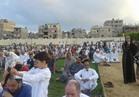 مئات الأسر تصطحب أطفالها لأداء صلاة عيد الأضحى بشمال سيناء