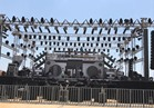 صور| استعدادات حفل تامر حسني في «موسي كوست»