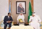 خادم الحرمين يبحث مع الرئيس الصومالي دعم العلاقات الثنائية
