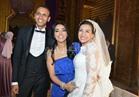 صور| أمينة تحيي زفاف «محمد ولبنى»