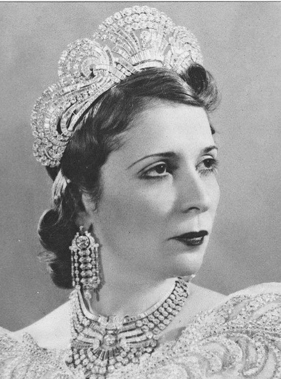 Image result for الملكة مازلي