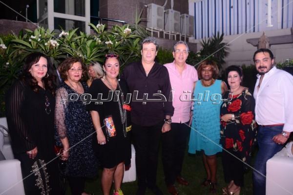 نجوم الفن والمجتمع في حفل سحور على النيل