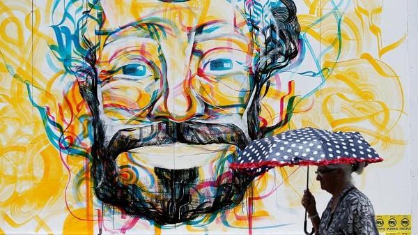 صور| شوارع ليفربول تتزين بجدارية لمحمد صلاح