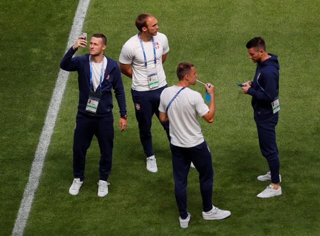 روسيا 2018 | بالصور.. وصول لاعبي منتخبي كوستاريكا وصربيا لملعب كوزموس