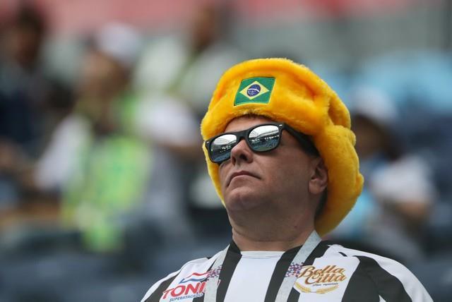روسيا 2018 | بالصور شاهد تقاليع منتخب البرازيل في مدرجات ملعب مباراه كوستاريكا