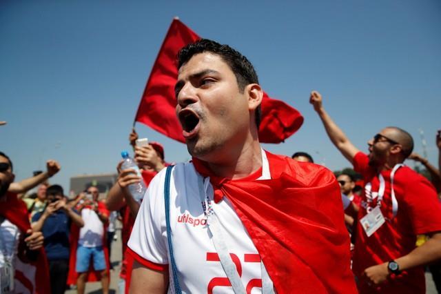 روسيا 2018 | الجماهير التونسية تشعل ملعب سبارتاك