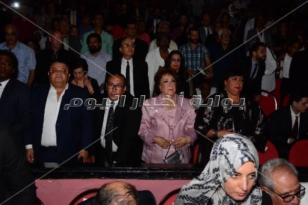 دموع وابتسامات في افتتاح المهرجان القومي للمسرح