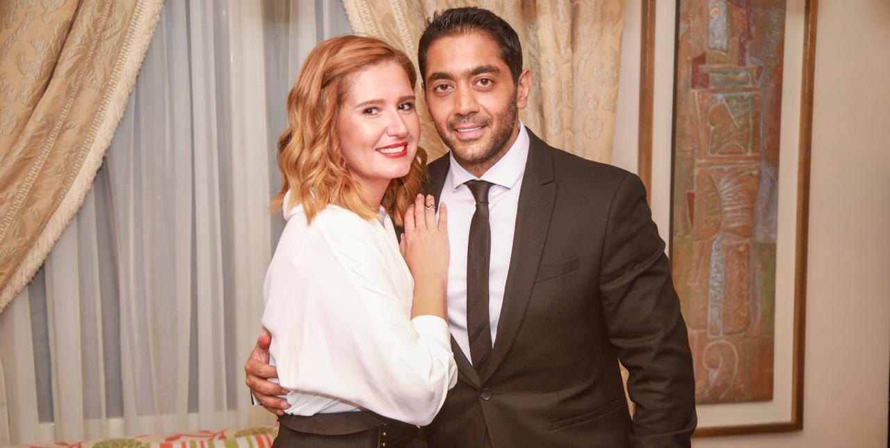 زواج أحمد فلوكس وهنا شيحة في حفل عائلي