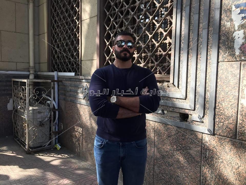 خالد سليم في جنازة ابراهيم سعدة