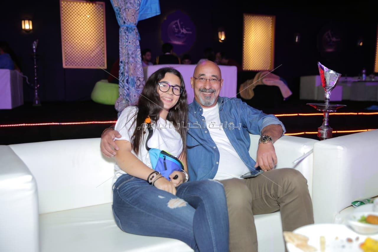 النجوم في عيد ميلاد وليد منصور بخيمة «سهراية»