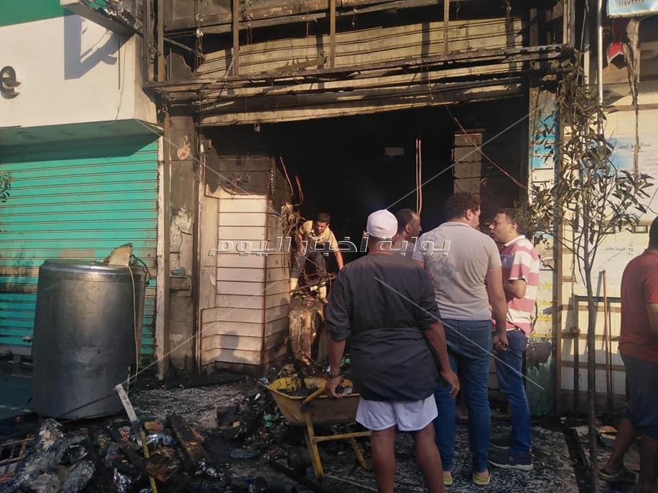 حريق محل الألبان بشارع مصر والسودان