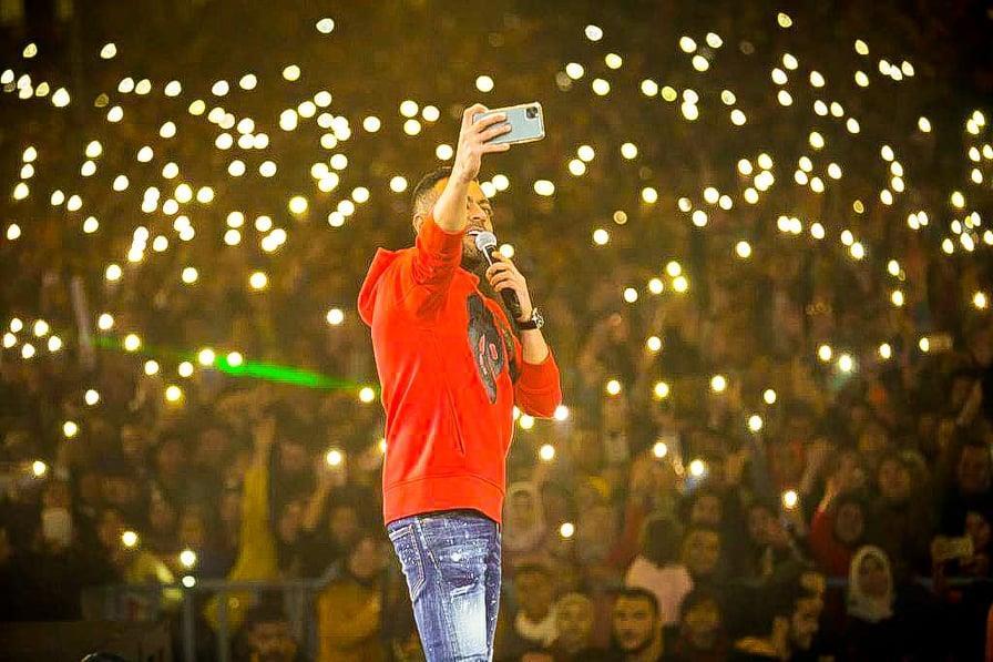 تامر عاشور يتألق في أضخم حفلات طنطا بحضور 25 ألف فرد