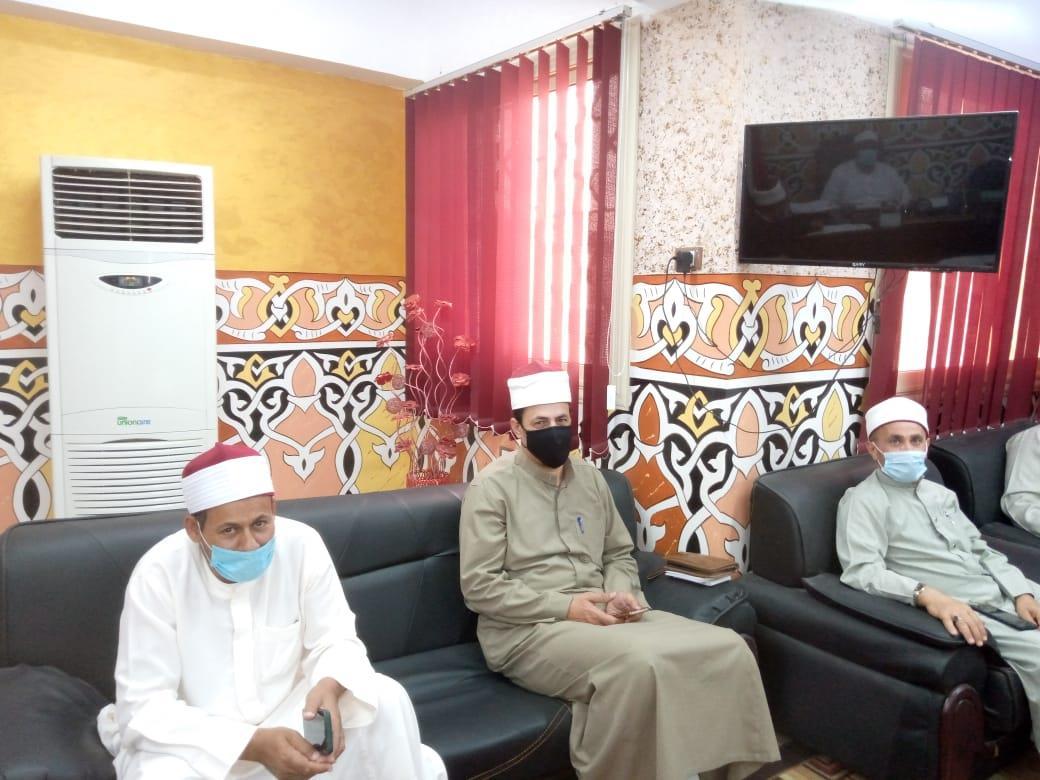 أوقاف الإسماعيلية تجتمع بمديري الإدارات للإستعداد لصلاة عيد الفطر