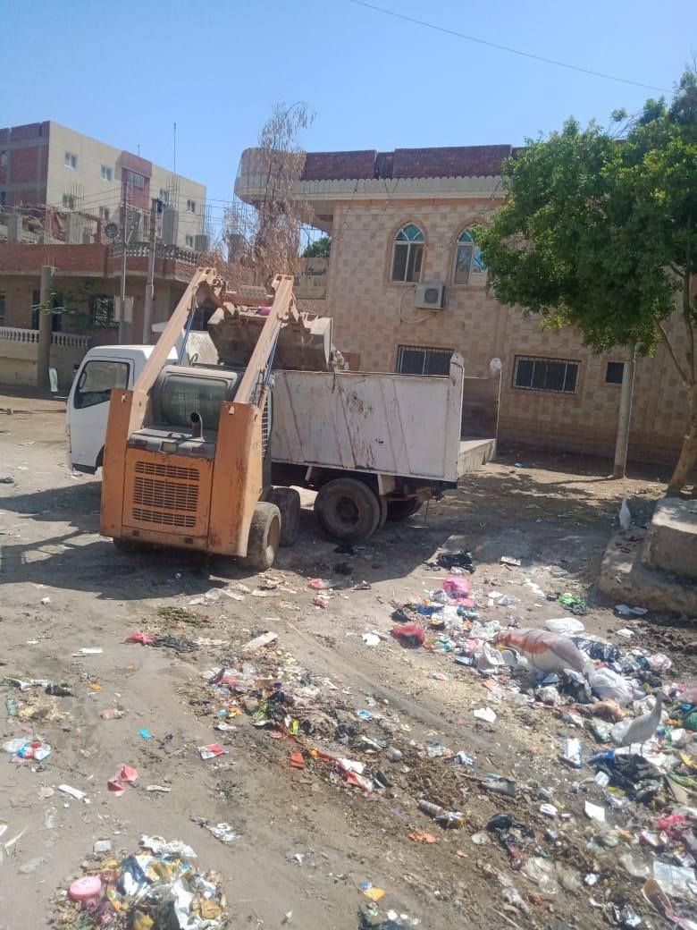 رفع 105 طن مخلفات من البدرشين في ثالث أيام عيد الفطر| صور?