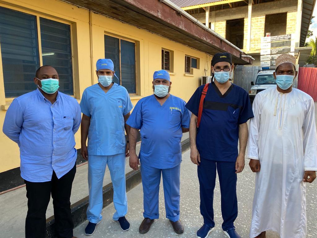 جامعة أسوان تجرى 8 عمليات جراحية  بدولة تنزانيا ضمن أعمال القافلة الطبية