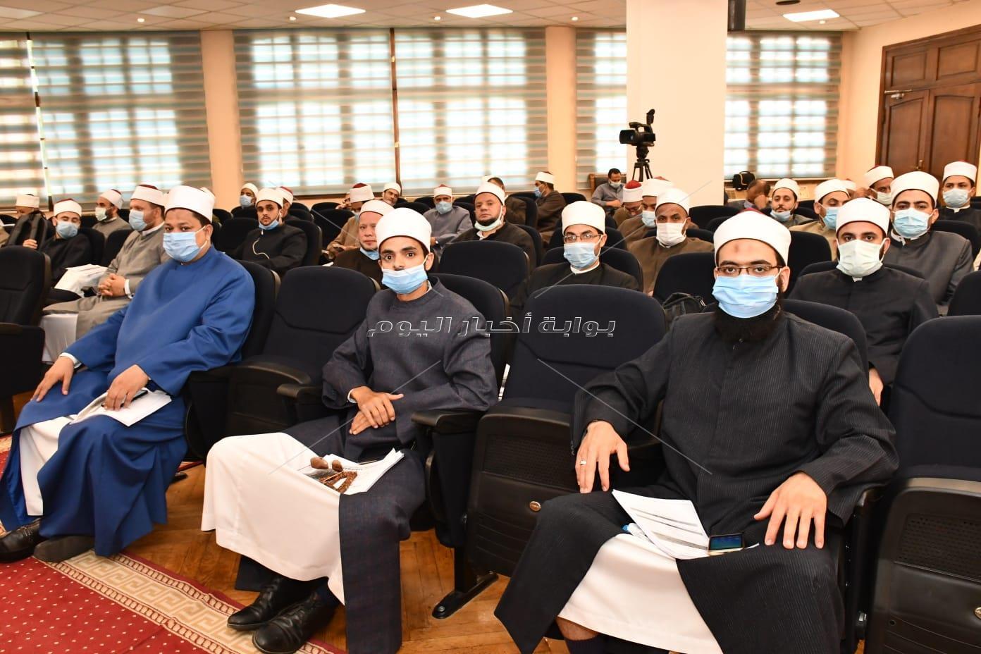 انطلاق دورة المهارات الإعلامية لأئمة وزارة الأوقاف بجامعة عين شمس