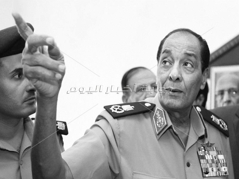 الحارس الأمين.. صور نادرة للمشير محمد حسين طنطاوي