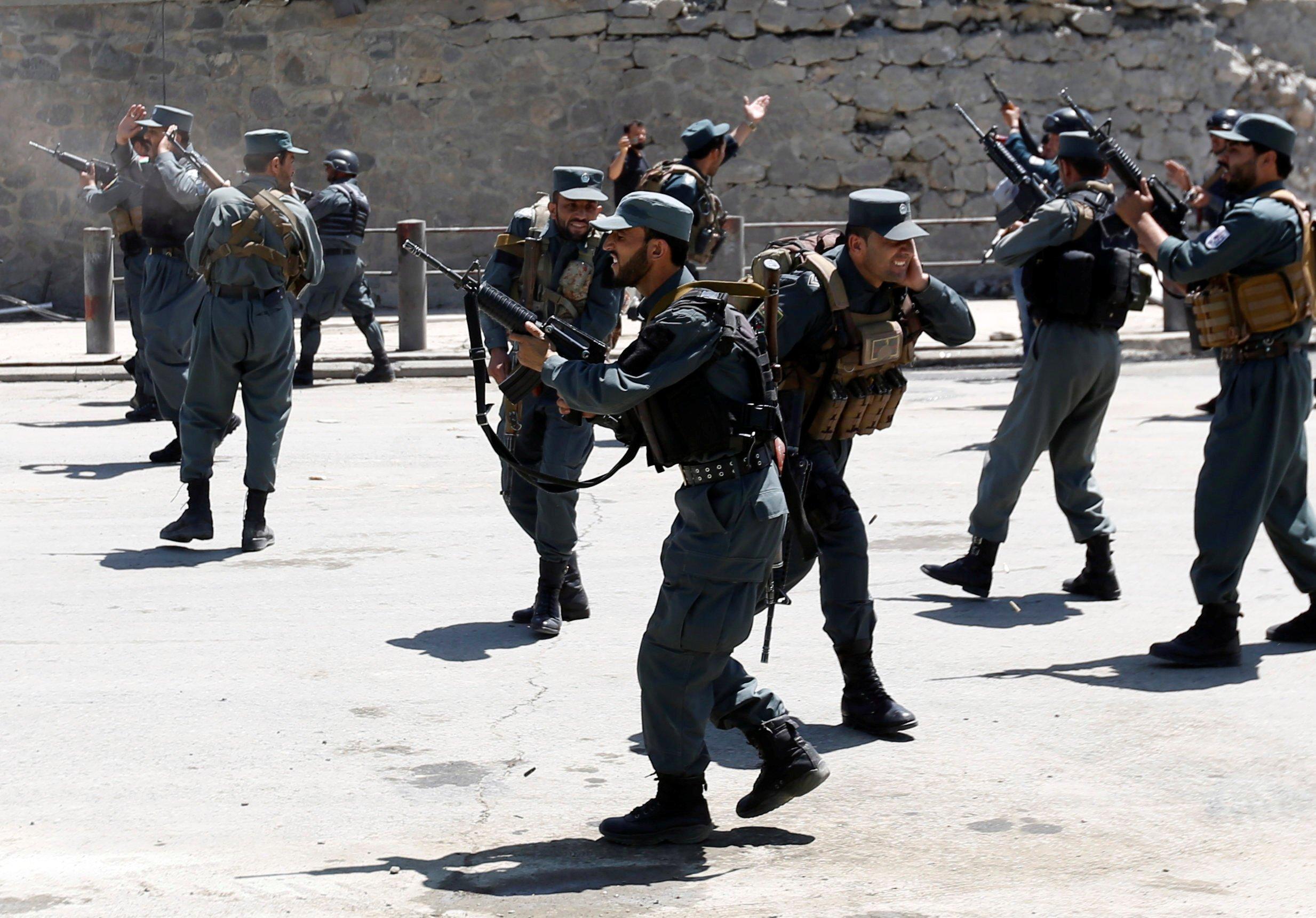 افغانستان:مقتل 27 مسلحا واصابة 11خلال عمليات عسكرية