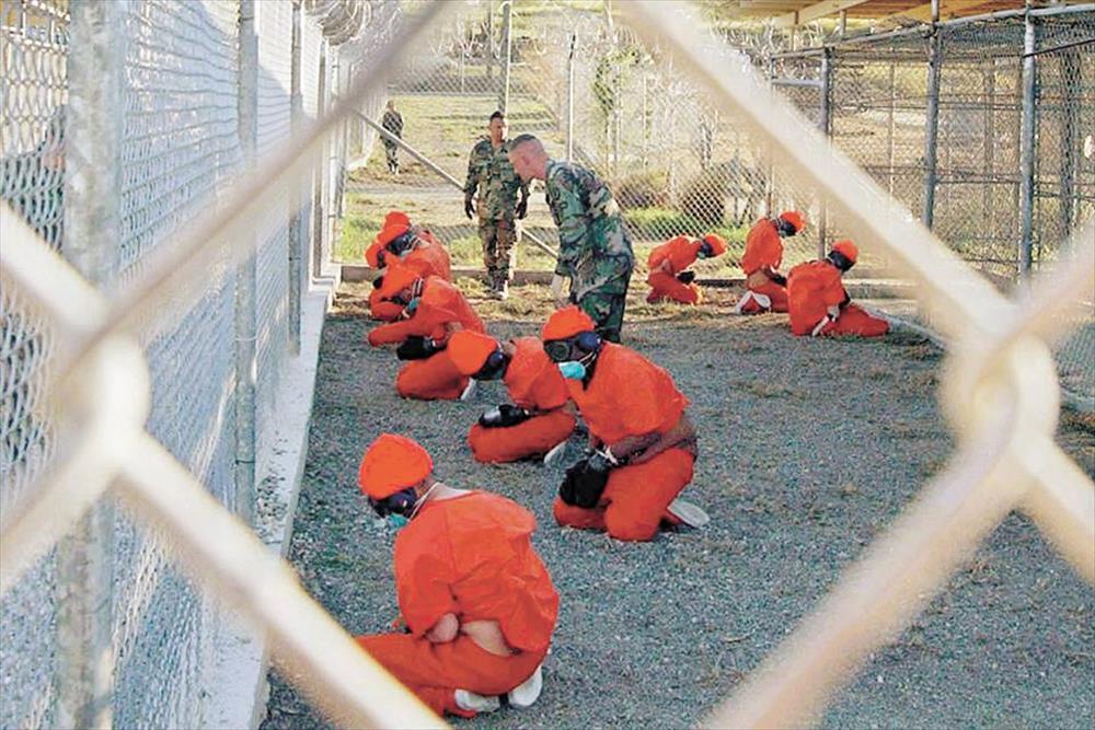 «الإندبندنت»: فنانو السجون.. ماذا رسم معتقلو غوانتنامو ولا تريدك أمريكا أن  تراه؟ - ساسة بوست