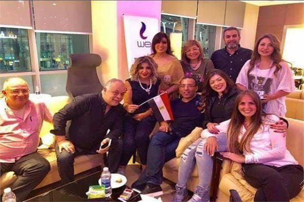 Image result for صور الفنانين في فندق المنتخب
