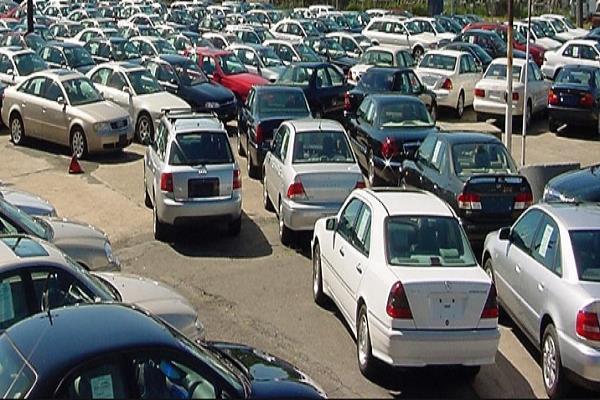 c18ad2011 تعرف على أسعار السيارات المستعملة في سوق الجمعة 31 مايو | بوابة ...