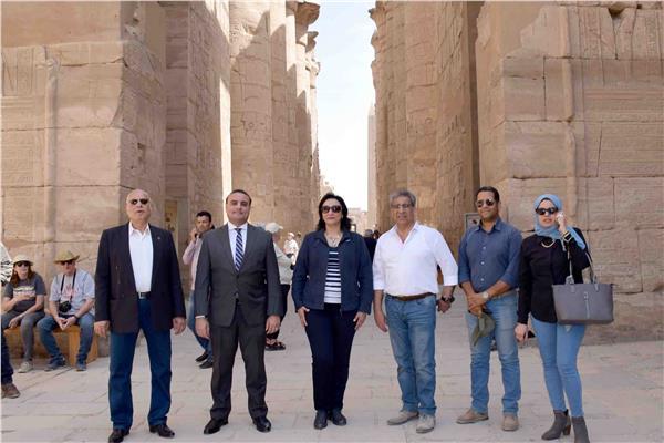 جولة لنائب وزير السياحة على الفنادق العائمة بالأقصر