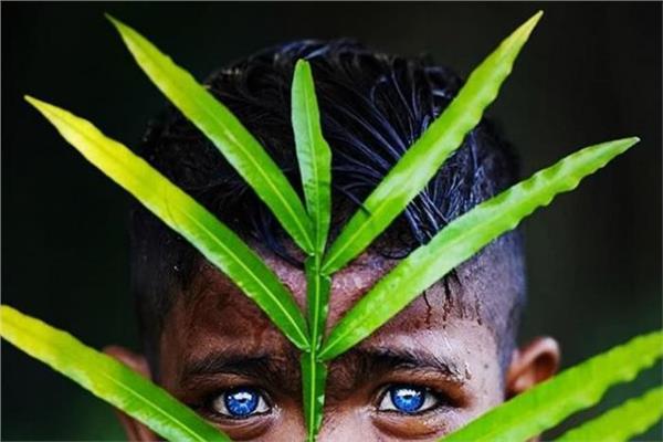 ما سر تميز عيون قبيلة أندونيسية باللون الأزرق؟ | بوابة أخبار اليوم  الإلكترونية