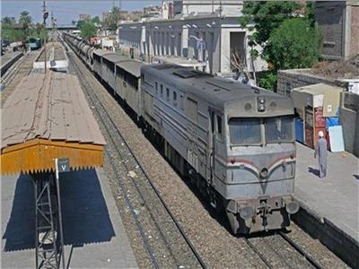 السكة الحديد توضح حقيقة فيديو تسرب السولار من أحد الجرارات بوابة